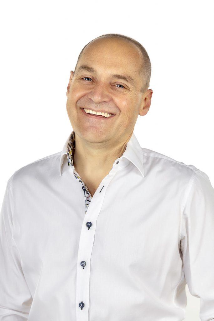 Robert May-Klein Heilpraktiker für Klassische Homöopathie, Osteopathie / Cranio-sacrale Osteopathie ,Magnetfeldtherapie und Neuraltherapie im Allgäu